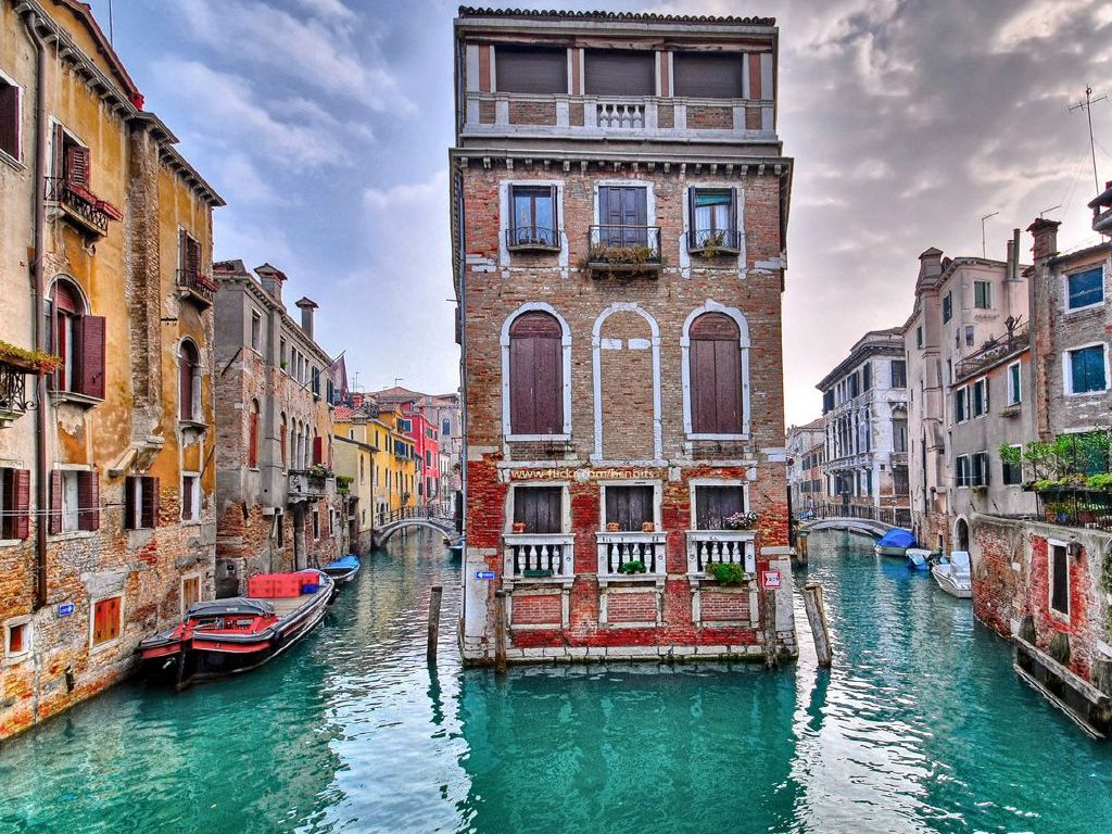 What Attracts Millions to Venice and the Magnificent Murano Glass