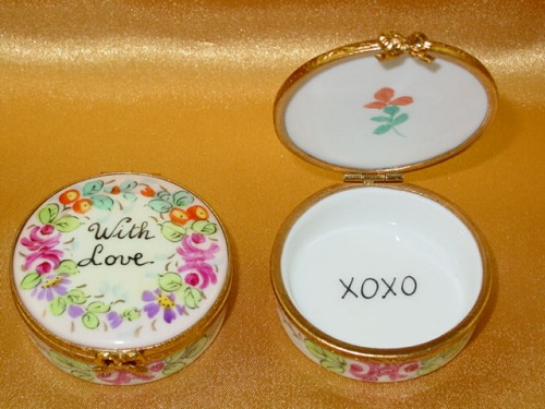 Round - With love - Studio collection