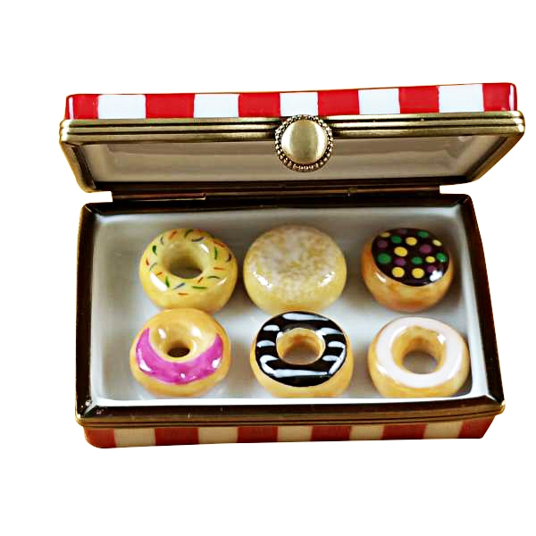 Donut box w/six donuts