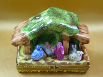 MANGER-NATIVITY