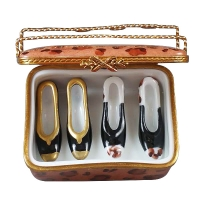 SHOE BOX W/2 PAIR SHOES