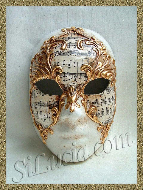 Full Face Music Stucco Gold