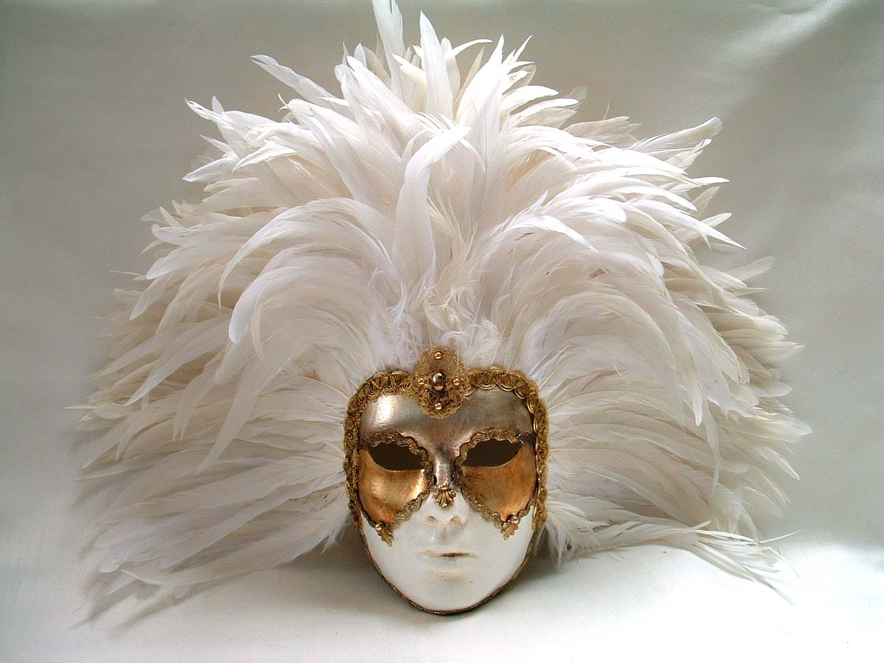 Full White Deco Face White Feathers