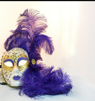 Burlesque Blue Feather Mask