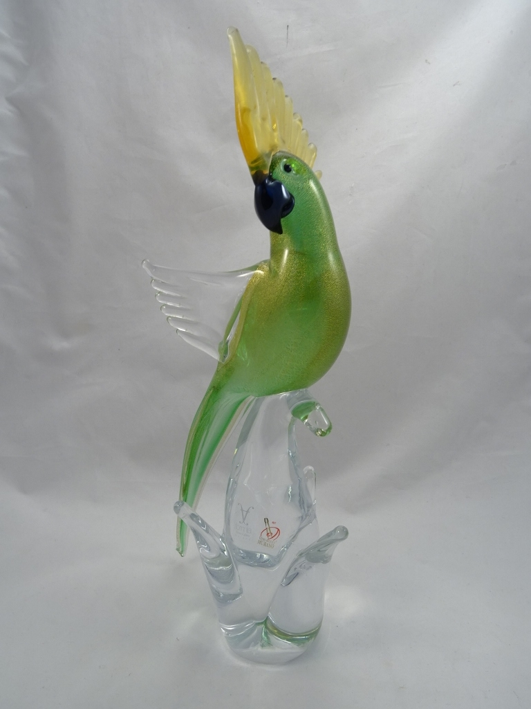 Murano Parrot Green Gold Open Wings