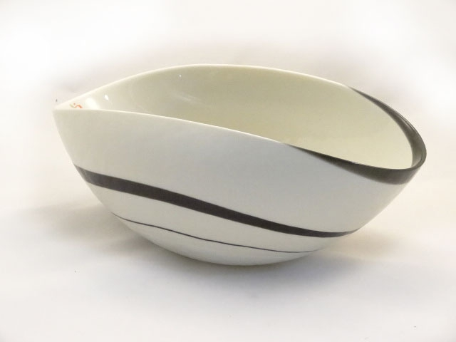 Medium Sinfonia Murano Glass Ivory Black and Mother of Pearl Folded bowl