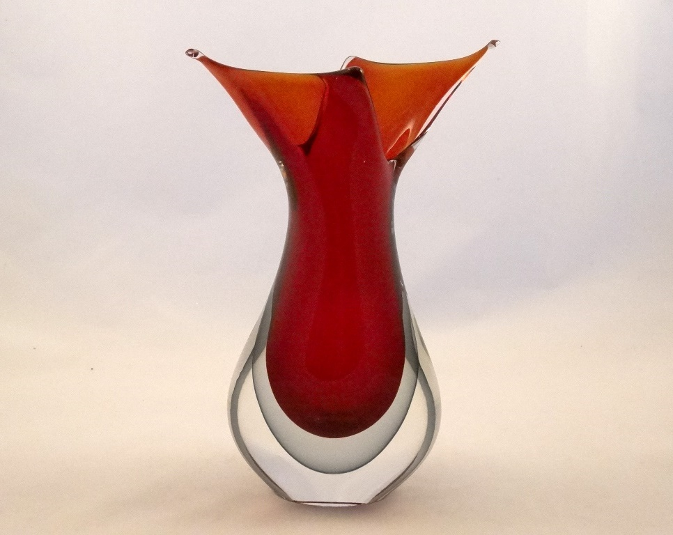 murano glass red and smoke fifi vase murano glass. Black Bedroom Furniture Sets. Home Design Ideas