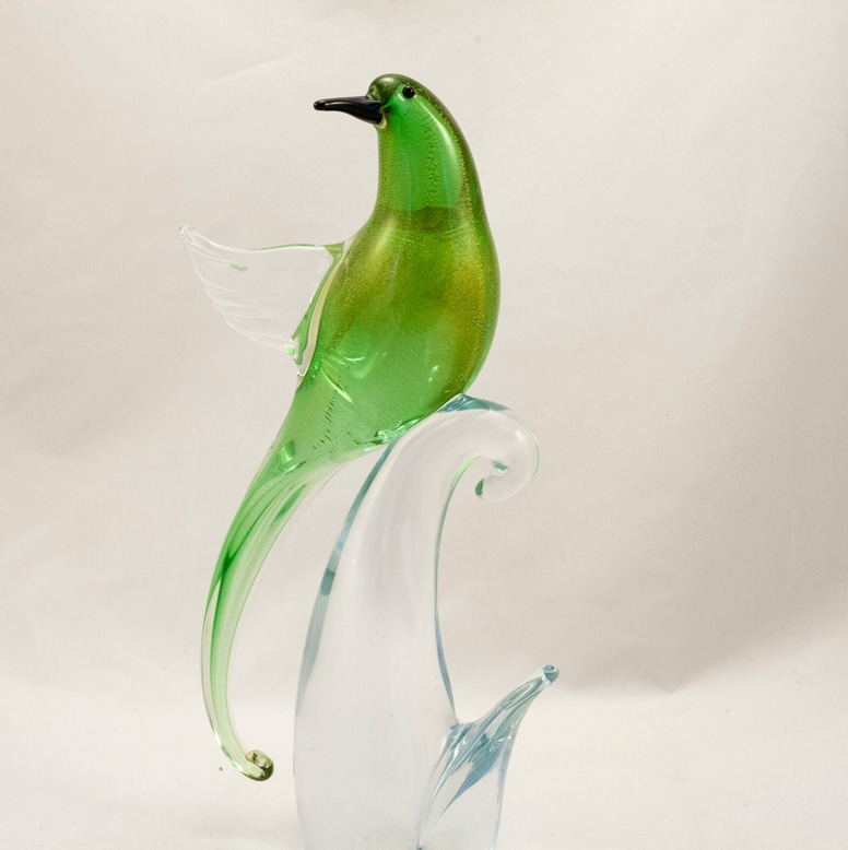 Murano Glass Bird of Paradise Open wings Green/Gold Head Forward