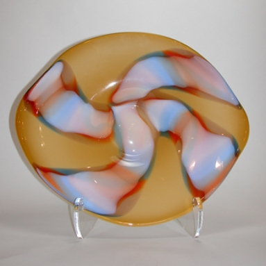 Ribbons Centerpiece Plate
