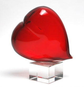 MURANO GLASS RED HEART ON CRYSTAL BASE