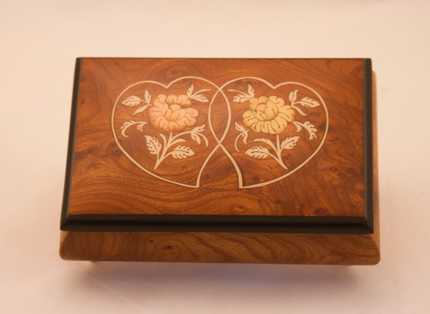 Heart Duo Matte Elm Music Box