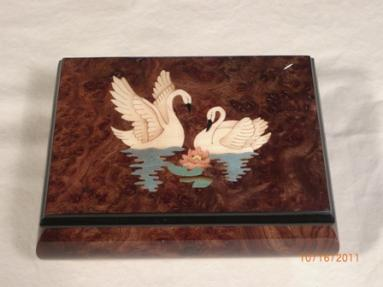 Burled  Walnut High Gloss Music Box with two Swans Inlay