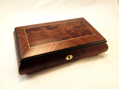 Burlwalnut Matte Finish Music box