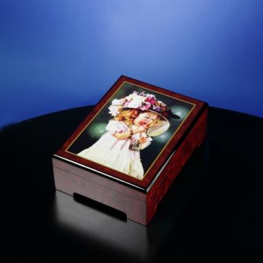 Byerley 'Jessica's Bonnet' Music Box