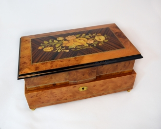 Dual layer 36 notes floral music box