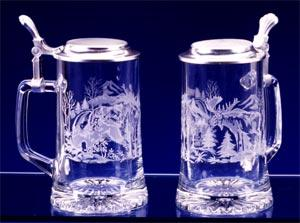 GLASS GRIZZLY BEAR/MOOSE STEIN