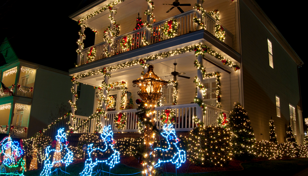 christmas is a season of light and color people decorate their houses with myriads of tiny multicolored bulbs the streets and shopping malls are also