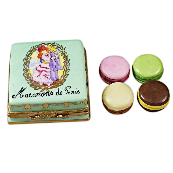 Square box with macarons de Paris