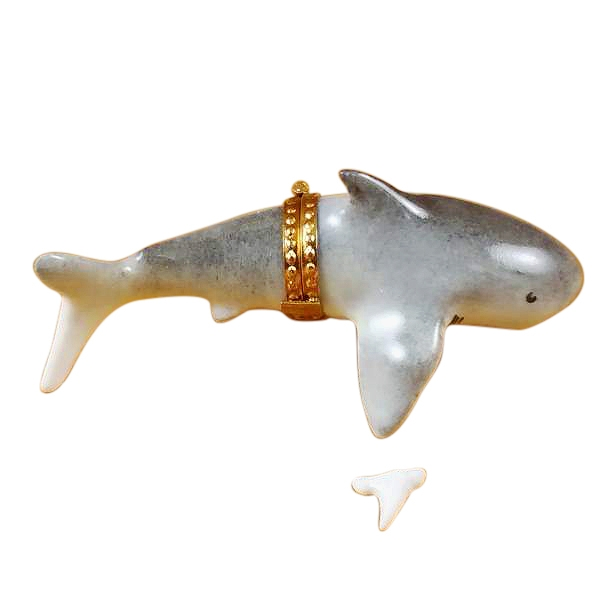 SHARK WITH REMOVABLE TOOTH