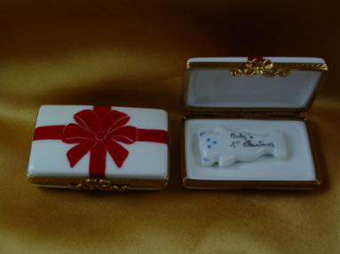 Gift box with red box - Baby's 1st Christmas - Blue