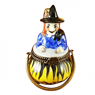 WITCH IN A POT