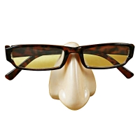 CAUCASIAN EYEGLASS NOSE REST