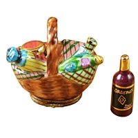 PICNIC BASKET W/BOTTLE