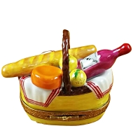 Yellow picnic basket w/handle