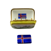 Iceland Suitcase with Removable Flag
