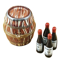 WINE BARREL W/4 BOTTLES