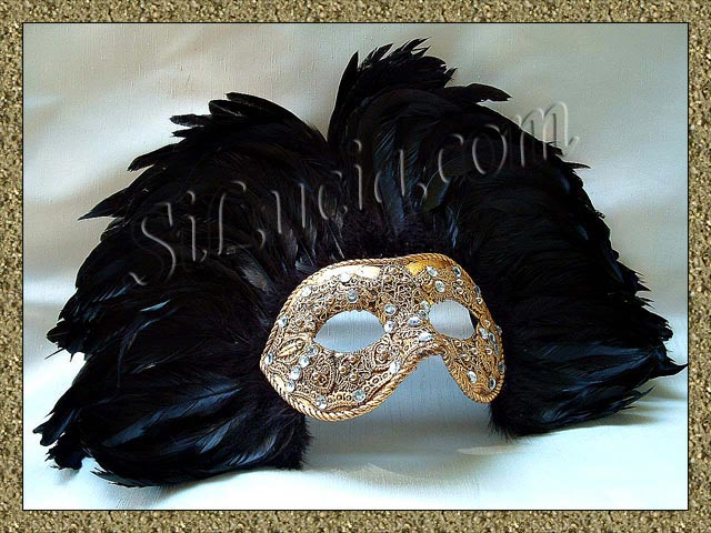 America Gold Macrame Black Feathers