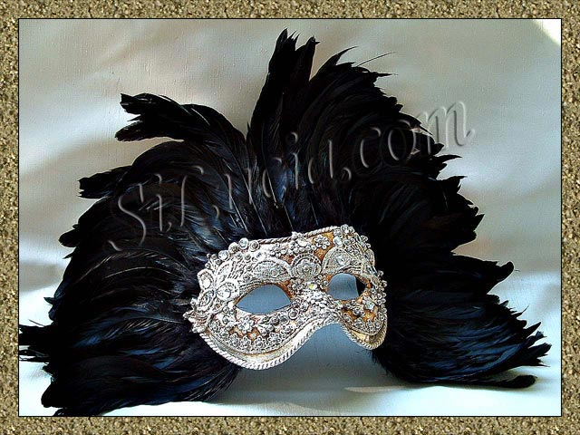 America Silver Macrame Black Feathers