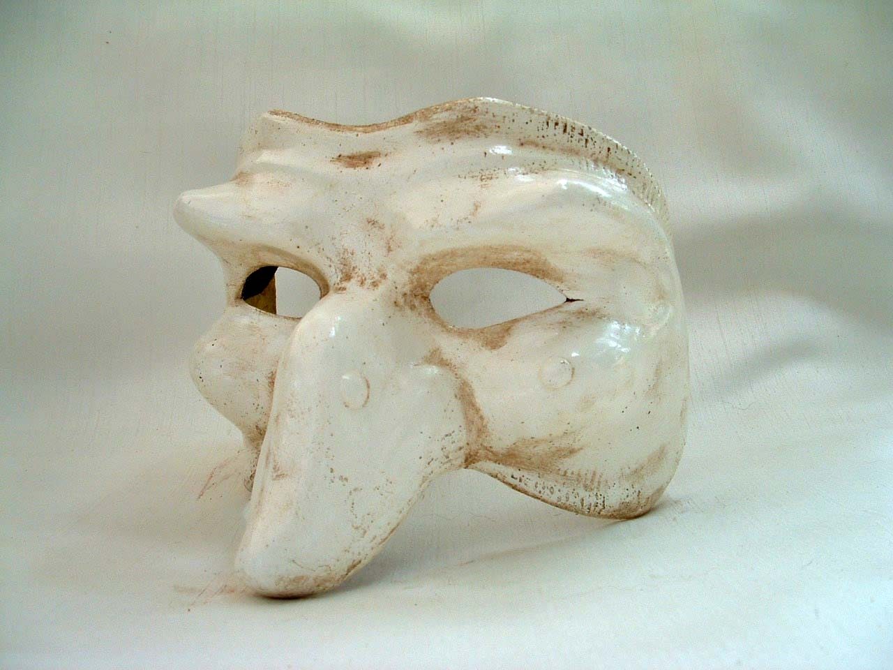 Commedia Pulcinella White