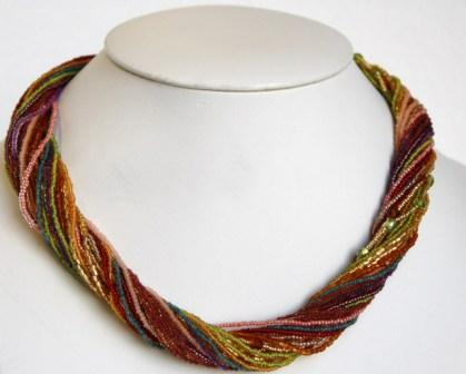 Twist w/ Beads Necklace Multicolor