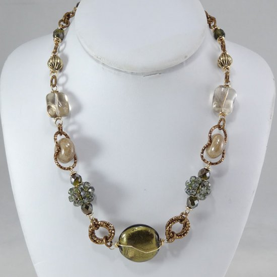 Murano Glass Olive Mozart Necklace