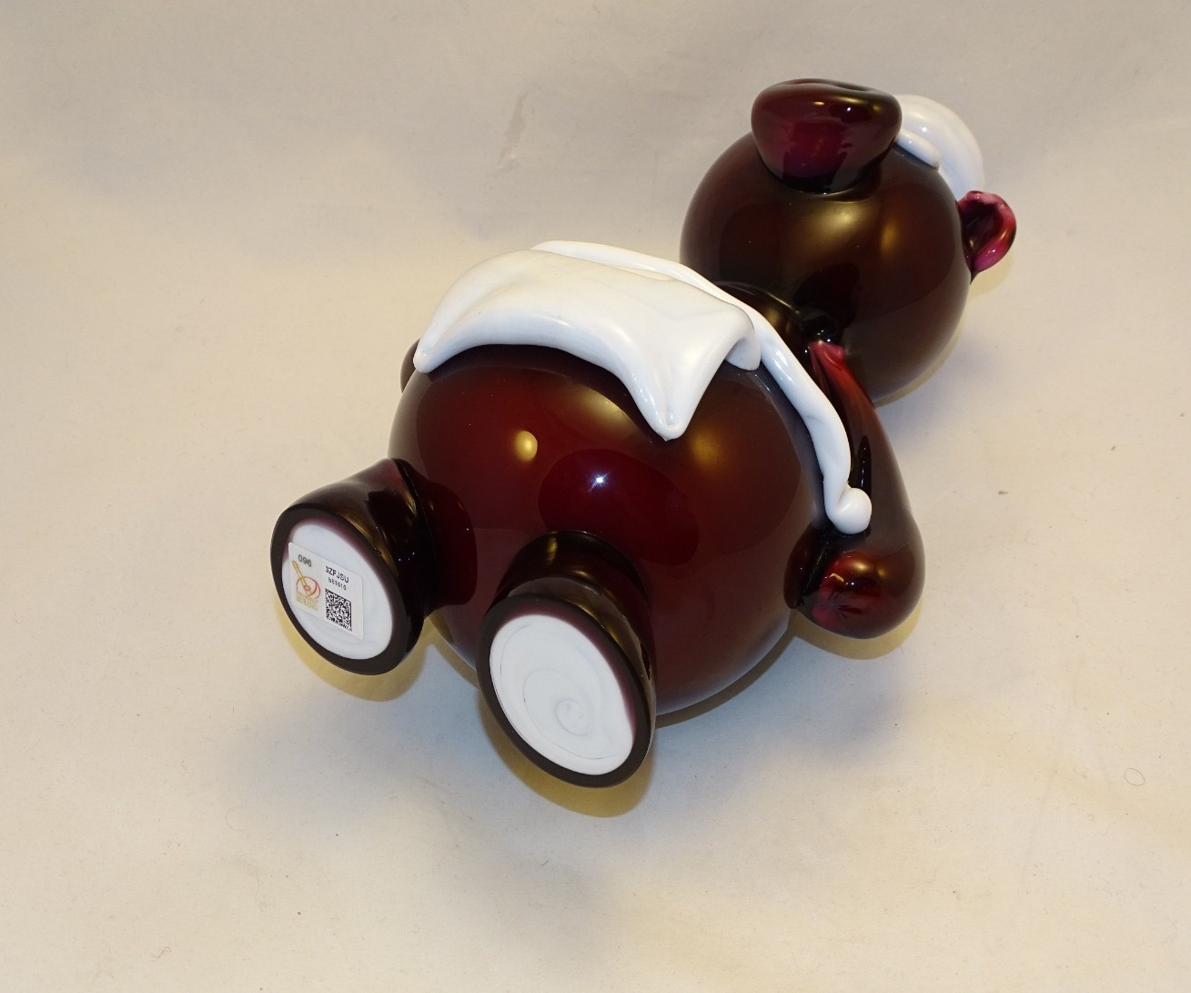 Murano Glass Burgundy Pipi Chef Pig
