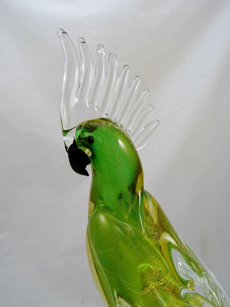 Murano Glass Parrot Green/Gold with Clear Crest