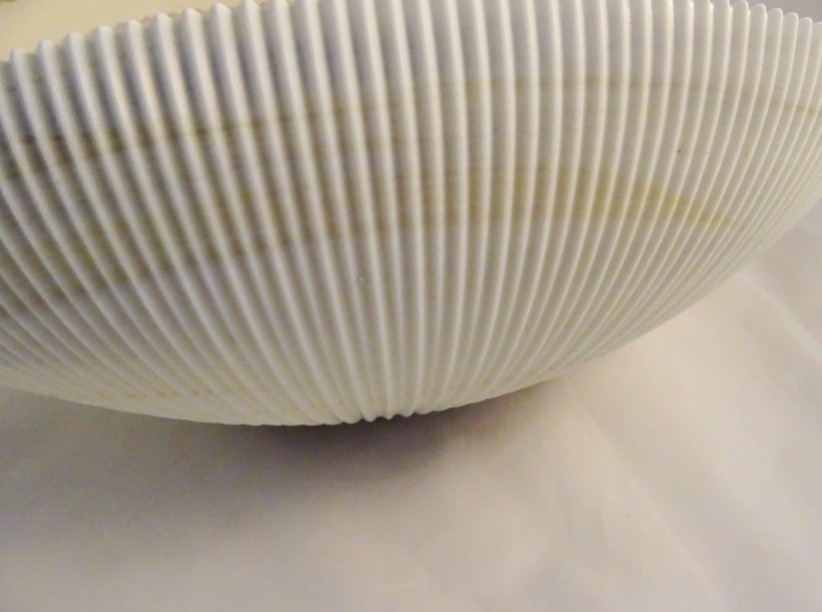 Murano Glass Ivory Shell Bowl