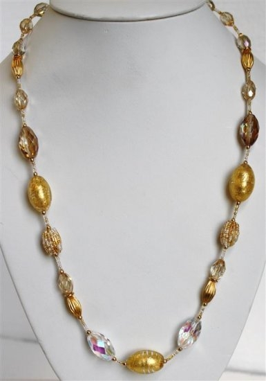 Glamor White/Gold Necklace (Long)