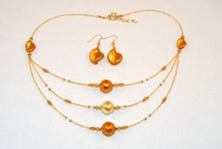 Amber 3 tiers murano glass necklace