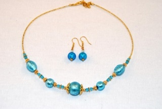Aqua murano glass oval and globes necklace and earrings