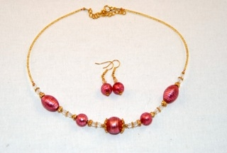 Pink murano glass oval and globes necklace and earrings