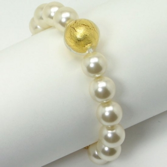 Bracelet with large murano glass pearls