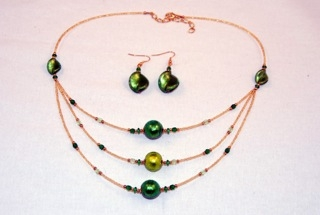 Emerald green 3 tiers murano glass necklace and earrings set