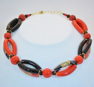 Red Murano Elongated Bead Piega necklace