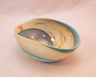 Mignon Marbled Ivory and turquoise folded bowl
