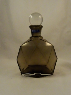 Bronze Glass Wine Bottle With Clear Round Lid