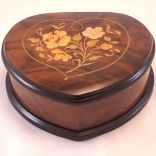 Ercolano Walnut High Gloss Heart with Flowers Inlay Jewelry Music Box