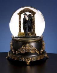 Phantom of the Opera - Stepping Through Mirror - Water Globe
