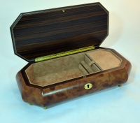 Three Roses Burl Elm Musical Jewelry Box